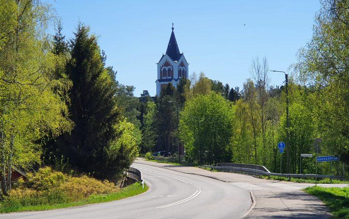 kirkkosilta